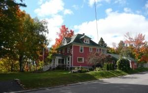 Hamar House, Fall